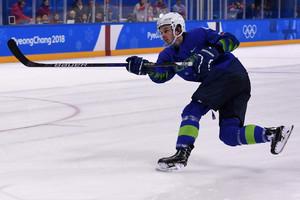 jugador-esloveno-hockey