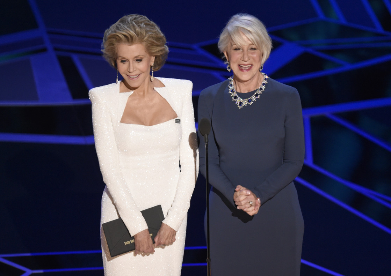 Jane Fonda i Helen Mirren han fet broma amb la seva edat i la de Gary Oldman, a qui han entregat lOscar al millor actor.