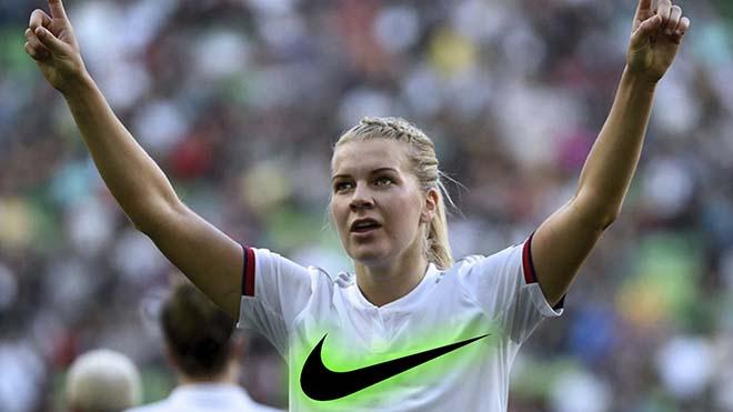 Ada Hegerberg rompe el techo de cristal del fútbol femenino.