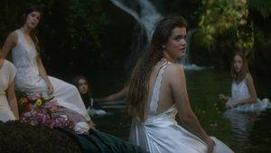 Amaia, en el videoclip de 'Quiero que vengas'.