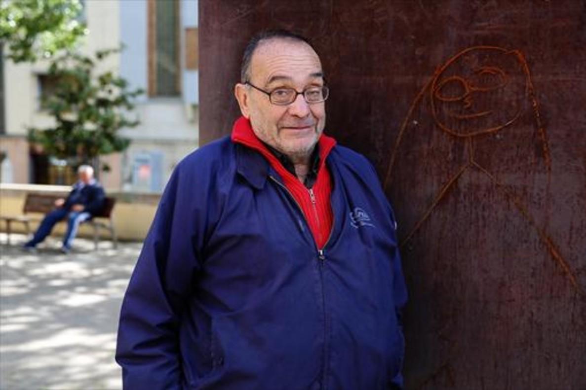 Manel Pousa, el 'pare' Manel: «¿Atípico yo? ¿Porque no me pongo una sotana?»
