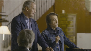 Bertín Osborne y Raphael, en el programa del próximo lunes, 26 de diciembre, de 'Mi casa es la tuya', en Tele 5.