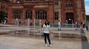 Candela Valle, periodista gallega de 25 años en Belfast, donde reside y desde no pudo ejercer su voto por correo el 27-S.