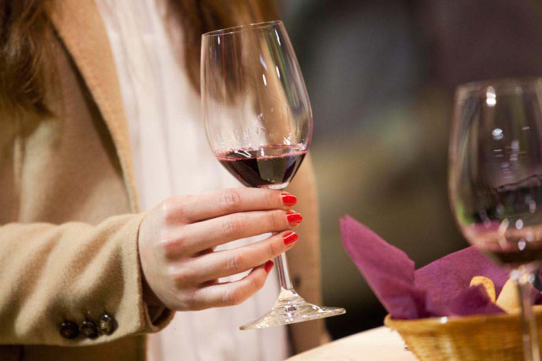 En España se consumen menos vinos que hace un año (-0,7%) aunque de mayor calidad.