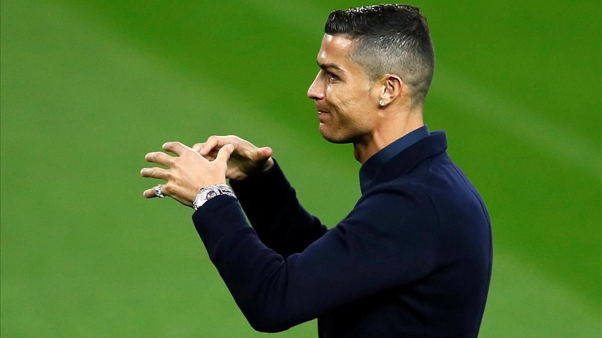 Cristiano Ronaldo, en Old Trafford antes del United-Juventus de la Champions.