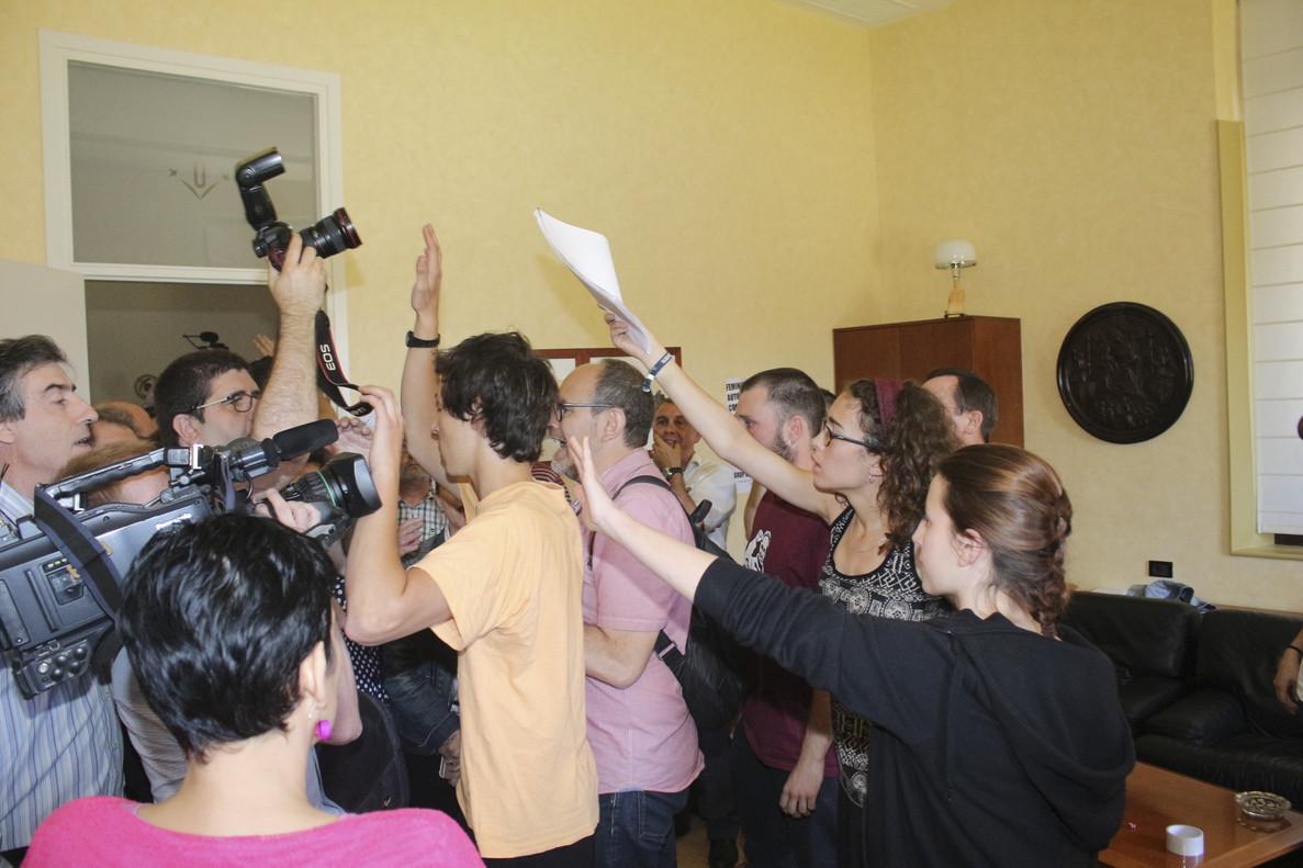 Estudiantes de Lleida, contra los medios de comunicación.