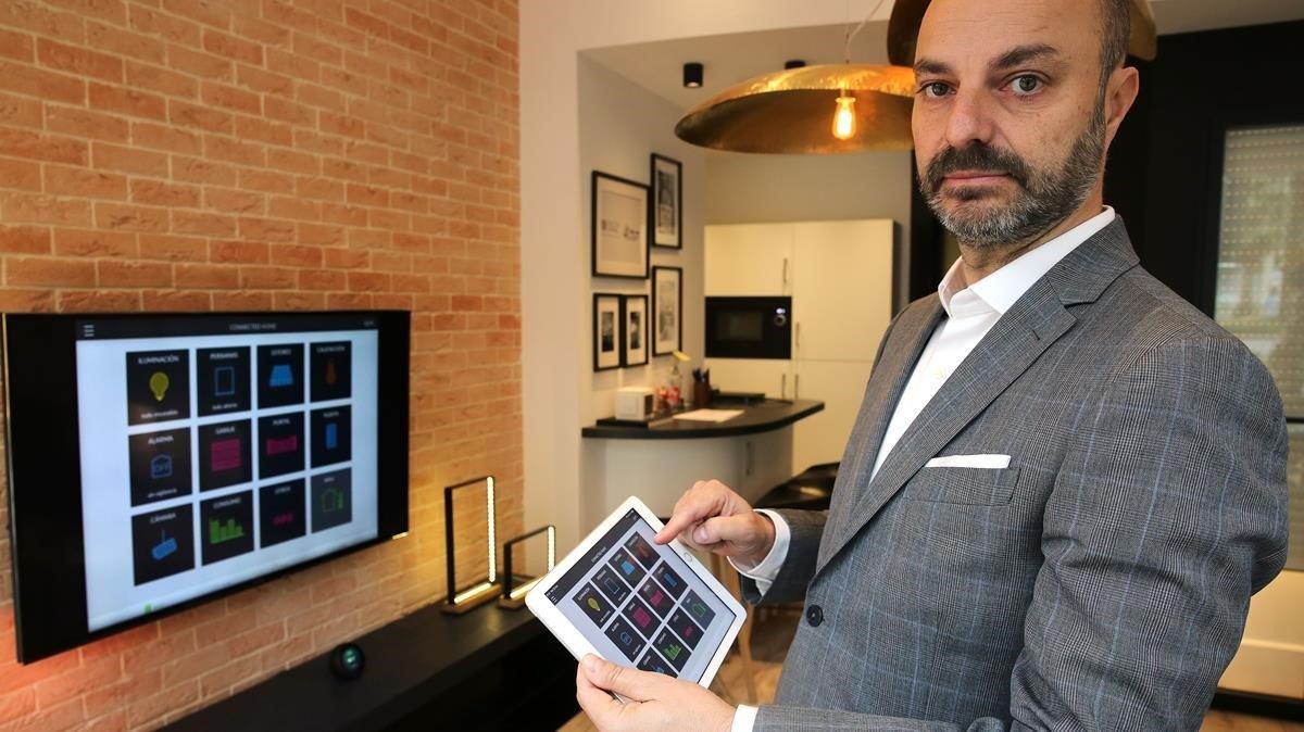 Joan Carles Rubio, director general de Delta Dore España, en elConcept Home deBarcelona