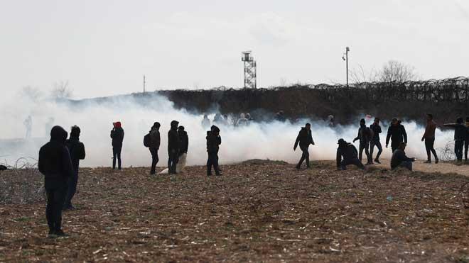 Grècia es fortifica davant de l'augment d'arribades de refugiats des de Turquia