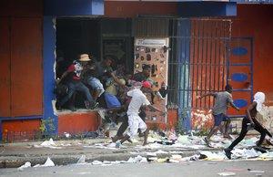 Las protestas sociales en Haitícontinúan y son cada vez más violentas.