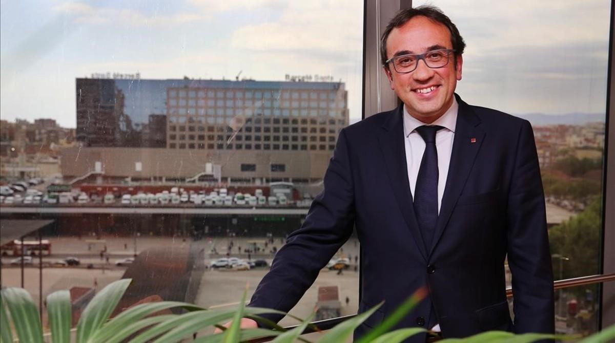 El 'conseller' Josep Rull, en la sede del Departament de Territori i Sostenilitat de la Generalitat, en Barcelona.