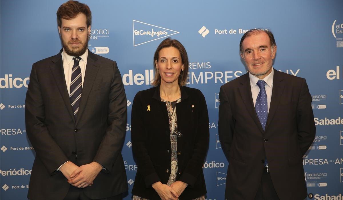 De izquierda a derecha,Antonio Asensio, Àngels Chacón y Conrado Carnal.
