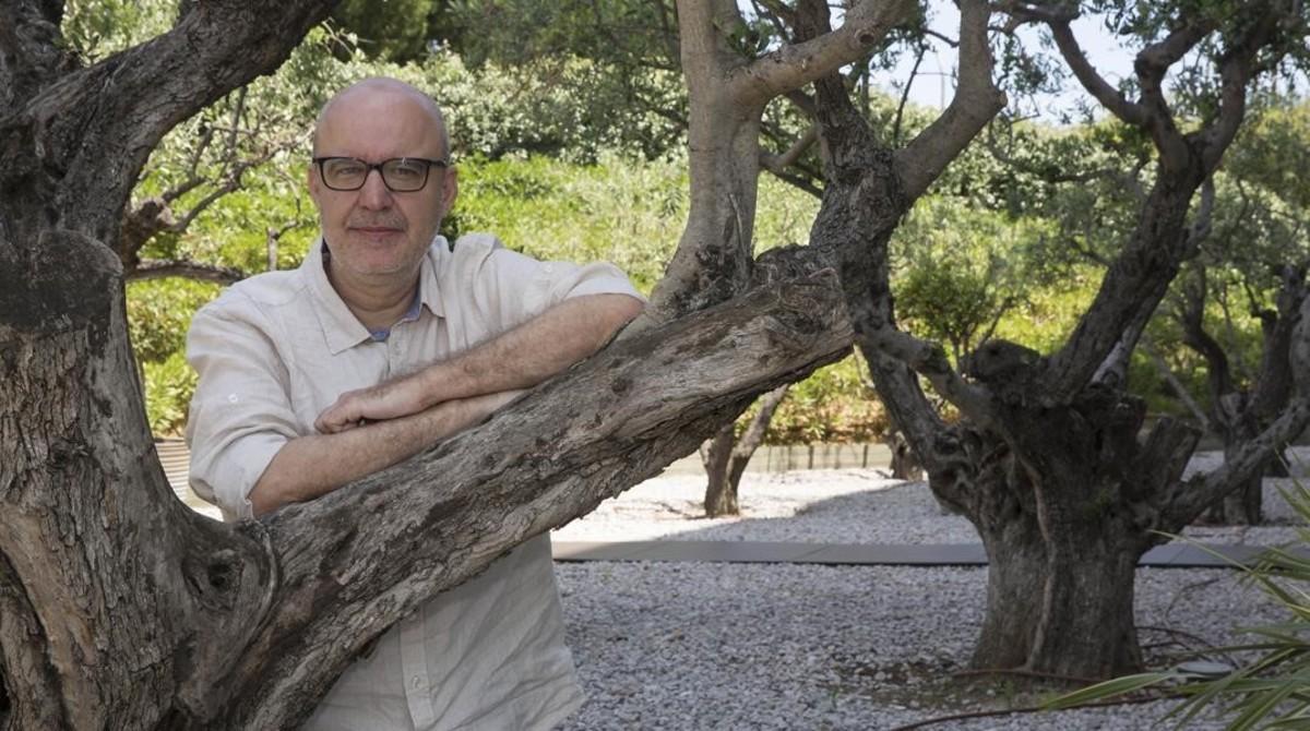 El director barcelonés Juanjo Giménez, Palma de Oro al mejor cortometraje por Timecode, este lunes en Sant Joan Despí.