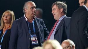 José Luis Sáez, junto al secretario de Estado, Miguel Cardenal, el pasado mes de septiembre en Lille.