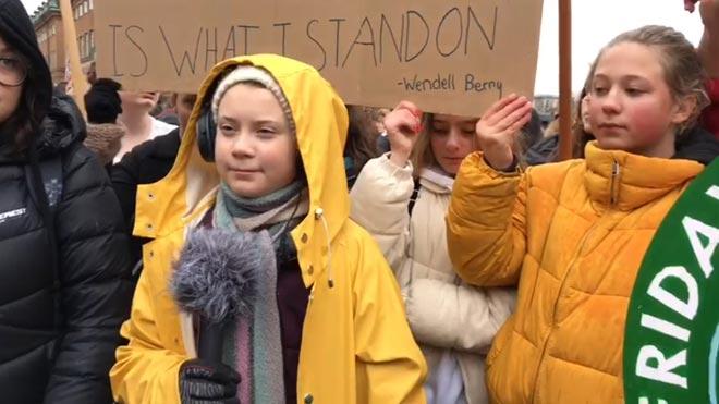 Greta Thunberg en las protestas contra el cambio climático en Estocolmo.