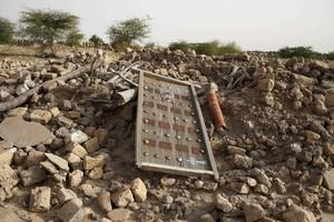 Las ruinas de un antiguo mausoleo destruido por las milicias yihadistas que ocuparon la ciudad ancestral de Tumbuctú en el 2012.