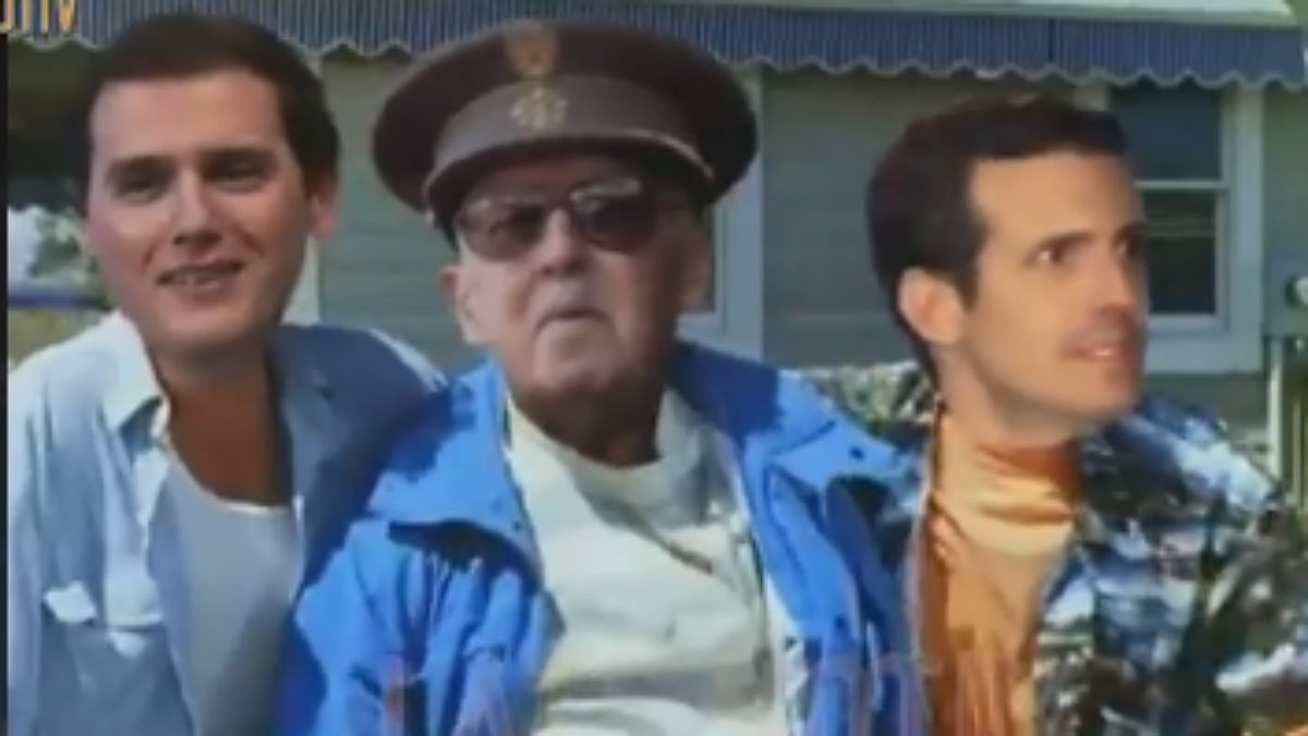 'Este Franco está muy vivo', la paròdia de 'Late motiv' amb Franco, Rivera i Casado