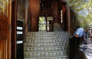 La Casa Lleó i Morera cierra temporalmente al no tener listo el acceso para discapacitados