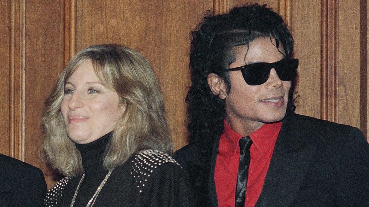 Barbra Streisand y Michael Jackson, en una imagen de 1986.