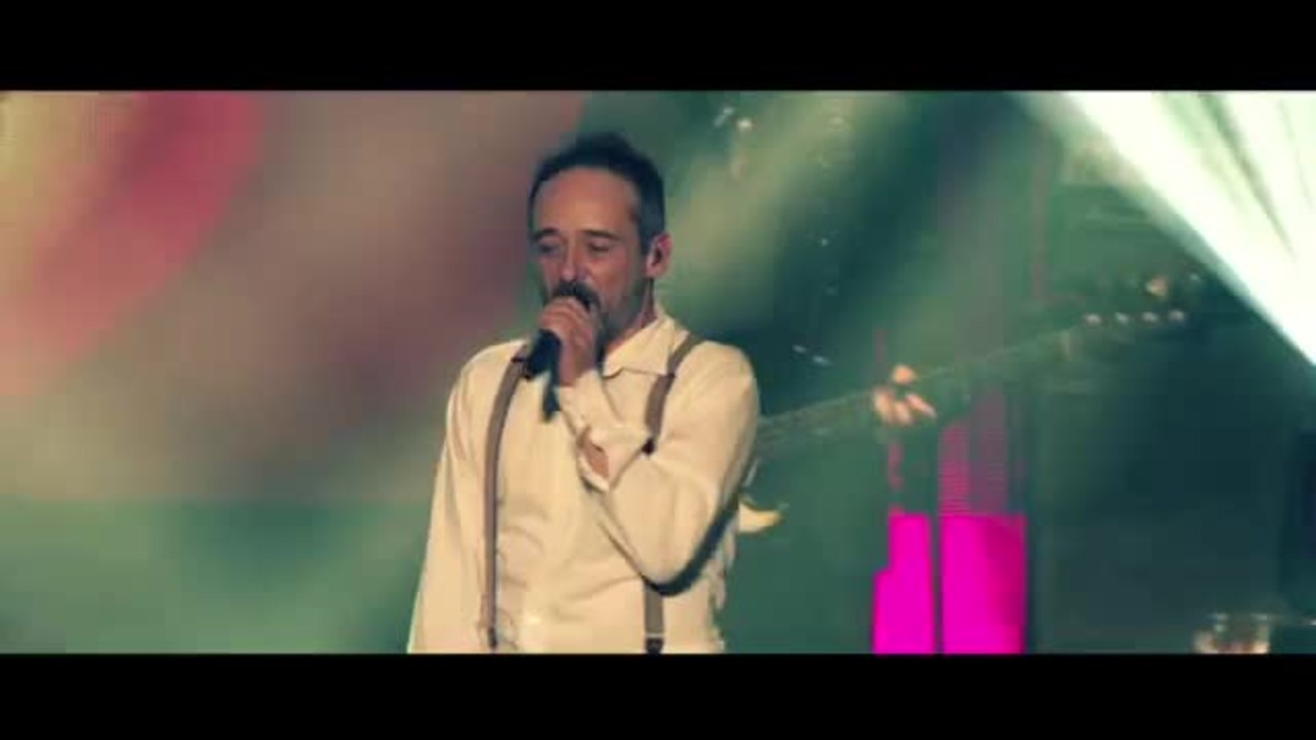 Love of Lesbian estrena el videoclip del tema Belice, primer single adelanto de su nuevo disco en directo El Gran Truco Final.
