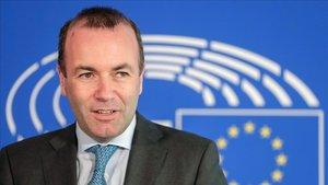 El candidato del Partido Popular Europeo a presidir la Comision Europea Manfred Weber este miércoles enBruselas.