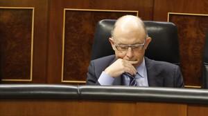 El ministre d'Hisenda i Administracions Públiques, Cristóbal Montoro, aquest dimecres en la sessió de control al Govern al Congrés.