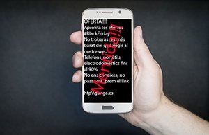 Estafes pel Black Friday: els Mossos alerten de les estafes a les xarxes