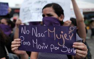 Protestas de mujeres en latinoamérica.