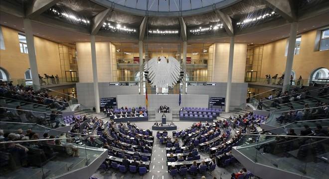 El parlamento de Alemania aprueba su misión militar contra Estado Islámico