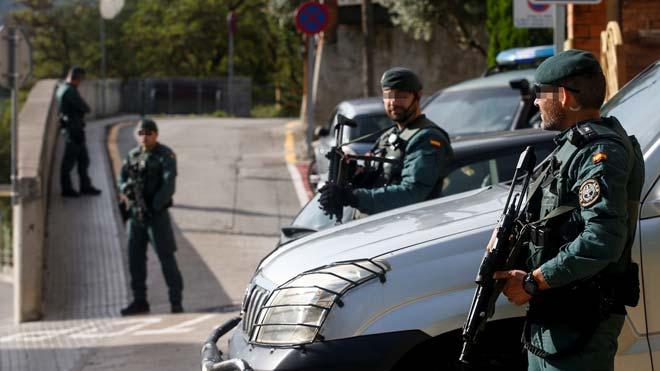 Operativo de la Guardia Civil contra los CDR en Sant Fost de Campsentelles.