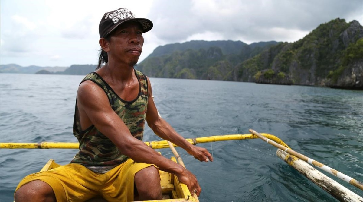 Un pescador de Filipinas.