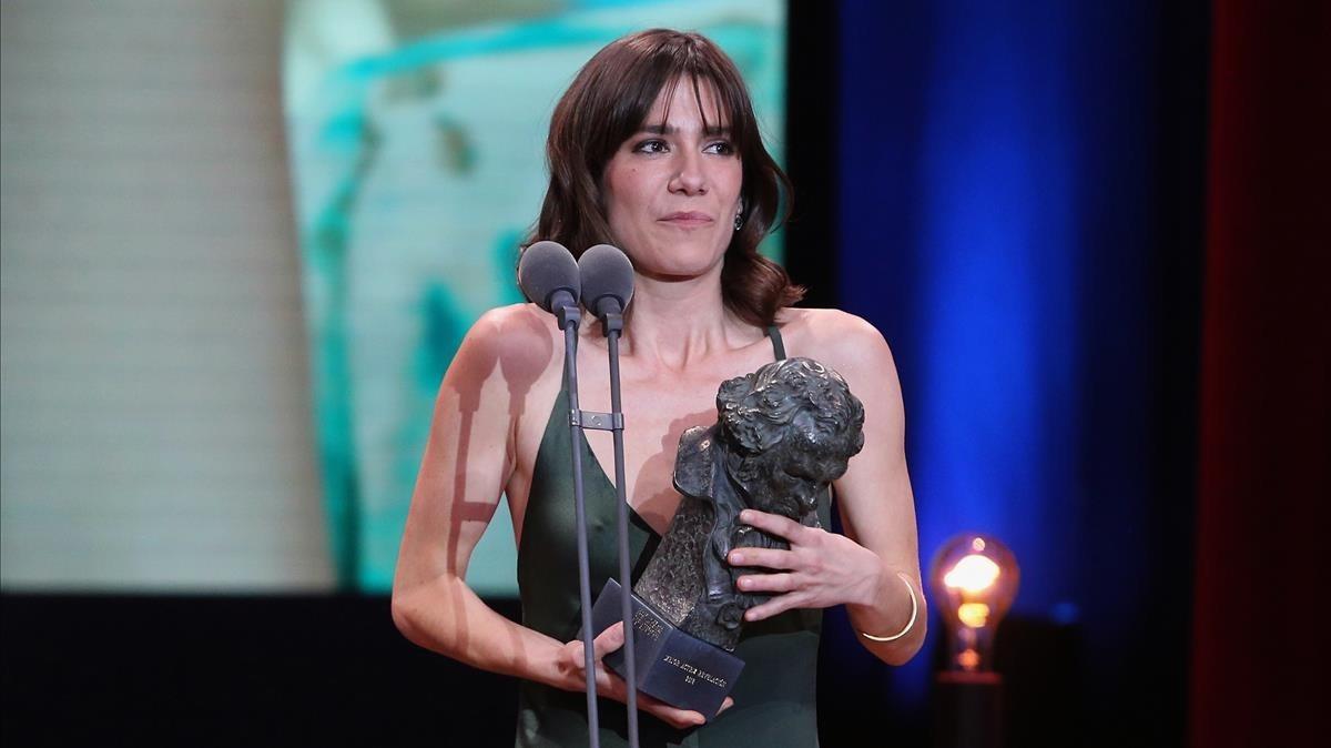 Premios Goya 2018.Bruna Cusí recibe el premio a la mejor actriz revelaciónpor  Estiu1993 .