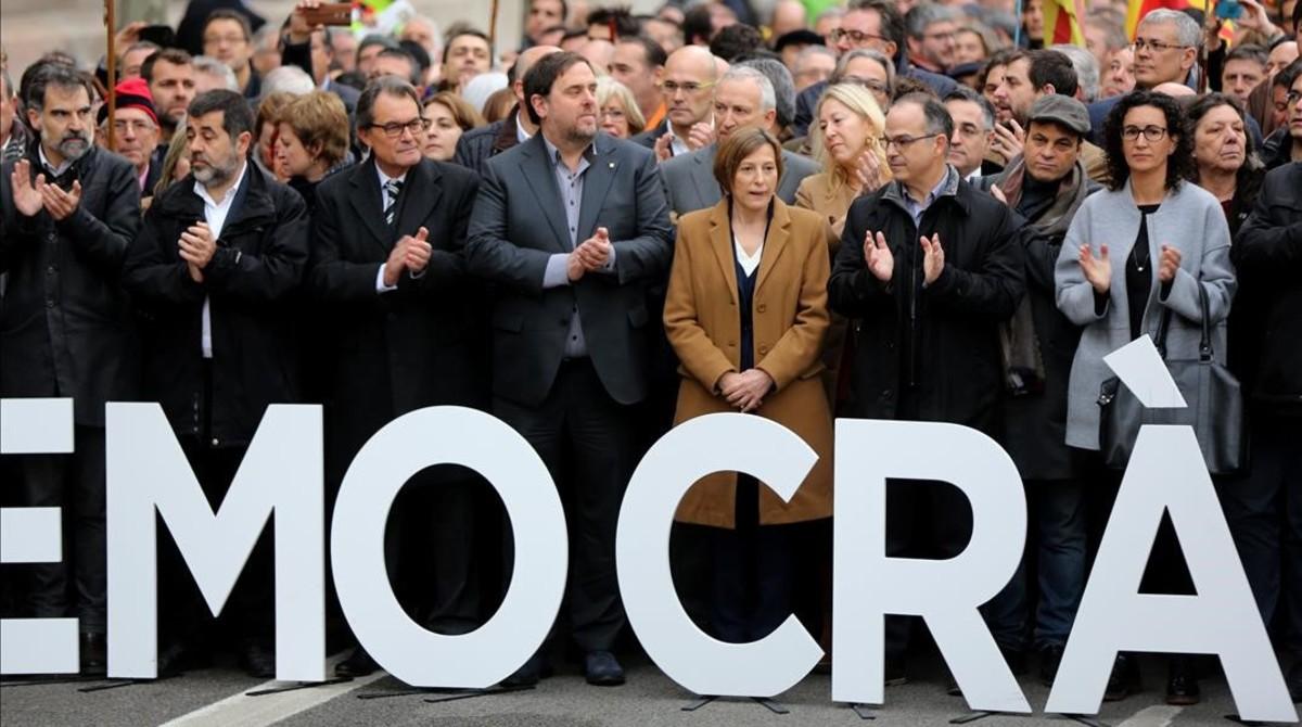 La presidenta del Parlament, Carme Forcadell, se dirige al Tribunal Superior de Justícia de Catalunya.
