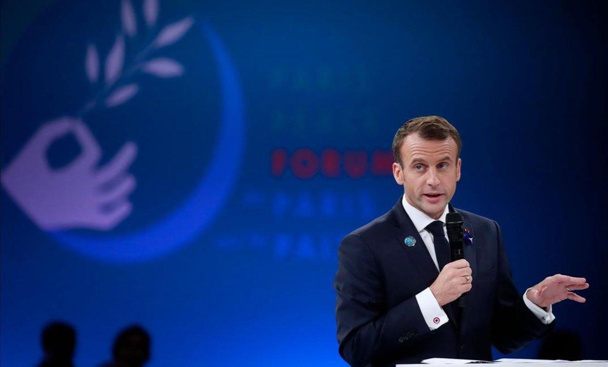 El presidente francés, Emmanuel Macron, durante su discurso en la apertura del Fórum de París por la Paz.