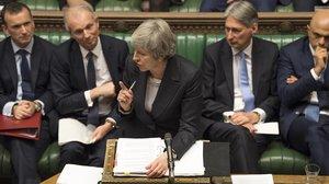 La primera ministra británica, Theresa May, interviene en la Cámara de los Comunes.