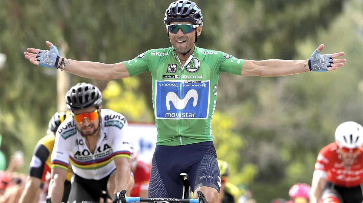 Alejandro Valverde triunfa por delante de Peter Sagan en la octava etapa de la Vuelta.