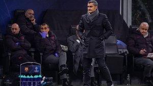 Valverde, en San Siro durante el Inter-Barça.