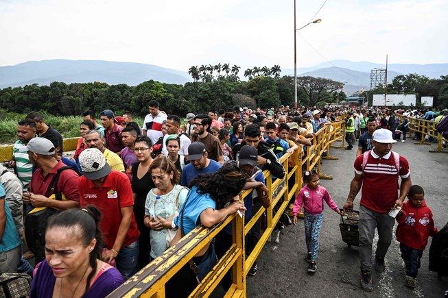 La migración de Venezuela hacia Colombia a través del puente fronterizo Simón Bolivar.