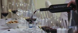 Grandes Pagos de España brindó una cata en Barcelona para 100 personas con vinos de ocho bodegas de la asociación.
