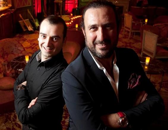 Romain Fornell y Òscar Manresa sonamigos, cocineros y residentes en Barcelona, y les encanta abrir nuevos restaurantes, como Casa Leopoldo, en diciembre.