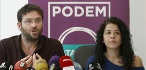 Albano Dante Fachin junto aRuth Moreta, en la sede de Podem.
