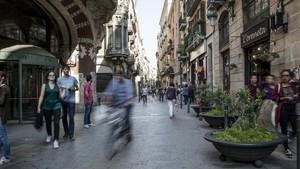 Un home ferit després d'un robatori violent a Ciutat Vella