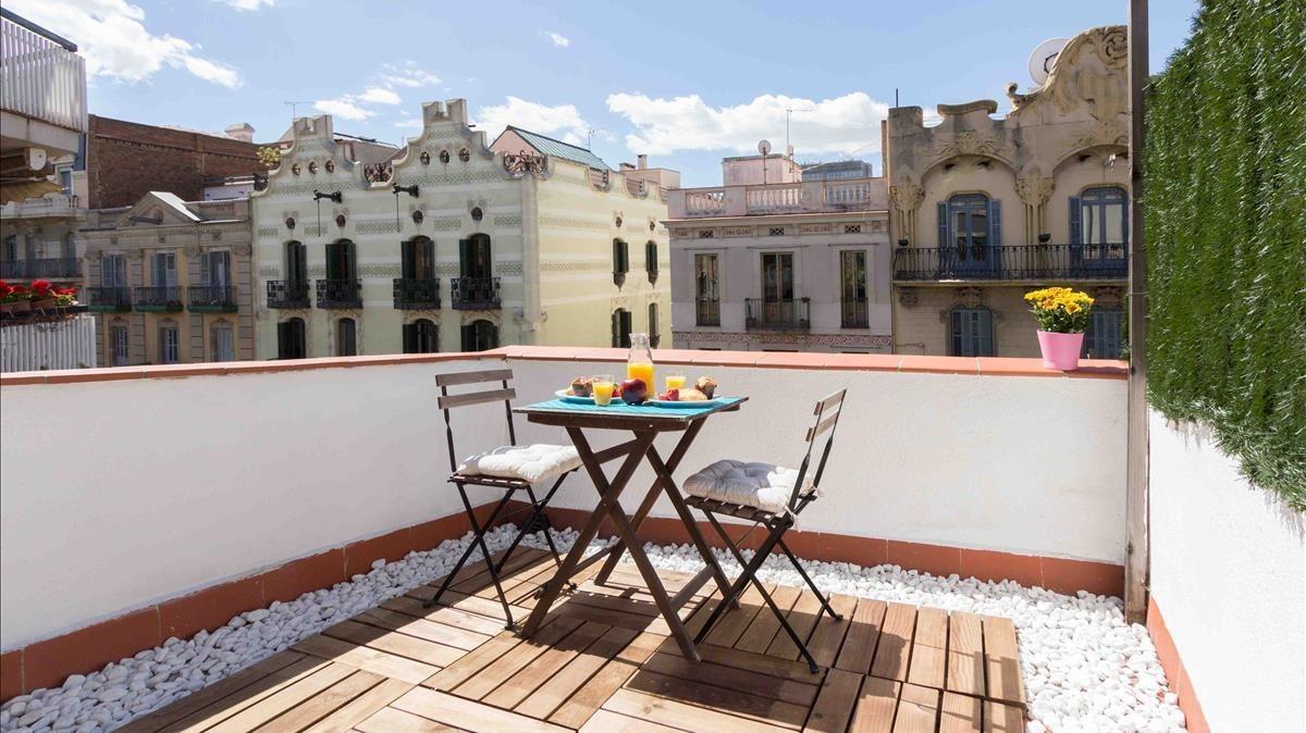Ático en Barcelona, rehabilitado por Inveslar a través del crowdfunding.