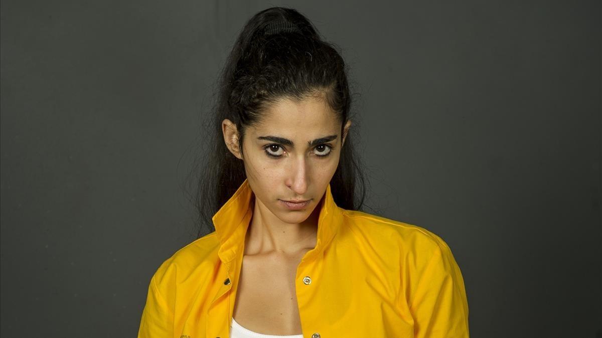 Alba Flores, en la tercera temporada de la serie de la cadena Fox Vis a vis.
