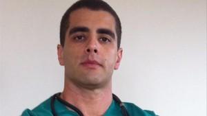 El doctor Bumbum fuig del Brasil després de la mort d'una pacient