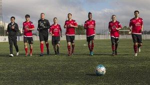 Jugadores del Vallbona entrenan de cara a la jornada decisiva.