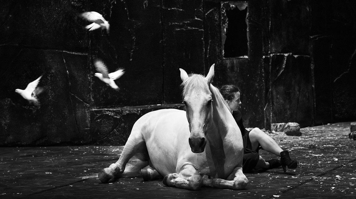 'Falaise', último espectáculo de Balï Mateu y Camille Decourtye.