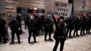 Minneapolis: una setmana de dolor, protesta, ràbia i enfrontament