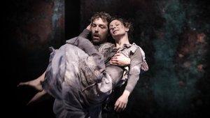 Anna Ros y Andreu Sans en un momento de 'Fragile'.