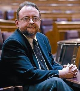 Daniel Fernández, ayer, en su escaño del Congreso de los Diputados. JOSÉ LUIS ROCA