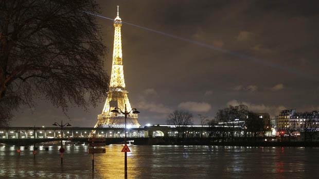 La situació del riu Sena es complica.